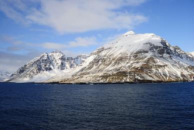 Erster Blick auf Island