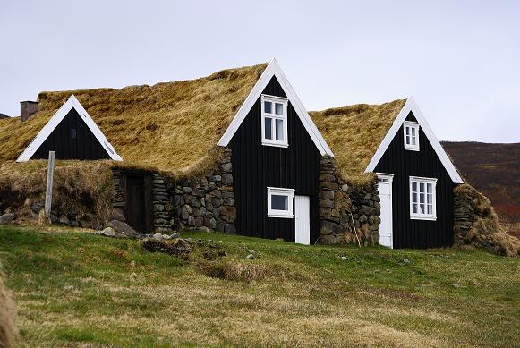 Restaurierte Höfe im Skaftafell NP