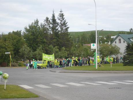 Die grüne Parade auf dem Weg zum Hafen