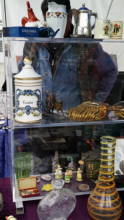 Bild eines Cocaine Gefäßes auf dem Dresdner Flohmarkt